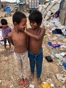 Children in slums that Samridhdhdi Trust has Bridge Schools for