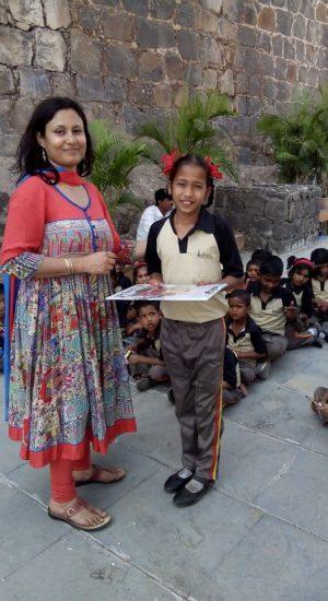 Awarding children   Samridhdhi Trust